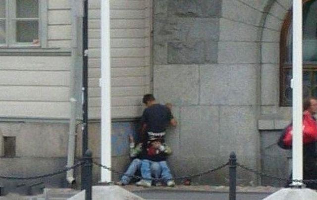 Реальные картинки подсмотренного порева пар в городе и у себя дома