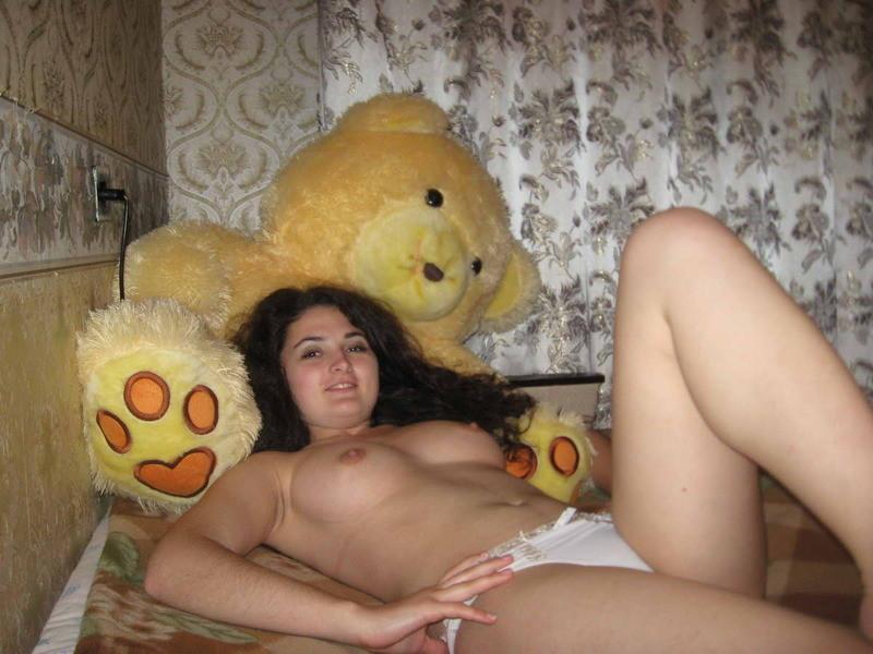 27-летняя армянская девственница в поисках супруга